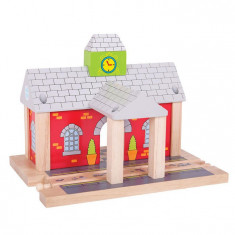 Gara din lemn PlayLearn Toys