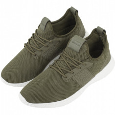 Advanced Light Runner Shoe