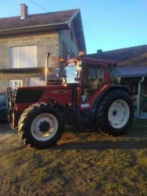 Tractor Fiat F100 foto