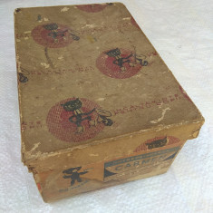 veche cutie de colectie ptr incaltaminte copii, reclama comunism RPR