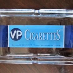 Scrumiera de colectie, sticla masiva: Marca VP Cigarettes - 700g