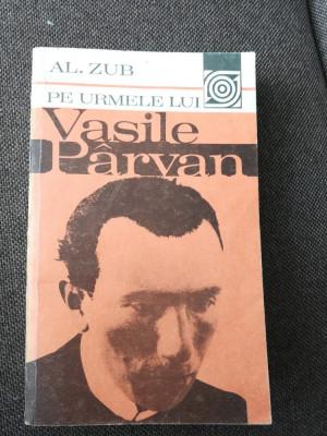 Pe urmele lui Vasile Pârvan cu autograful istoricului Alexandru Zub foto