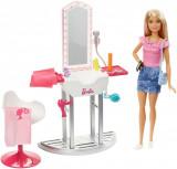Set papusa Barbie si accesorii pentru coafor, FJB36