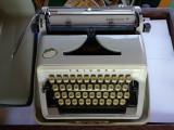 masina de scris TRIUMPH Gabriele 10