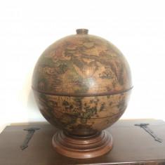 Bar vechi englezesc,in forma de glob pamantesc