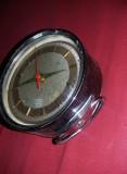 ceas mecanic vechi,ceas vechi mecanic de masa,stare cum se vede,Tp.GRATUIT