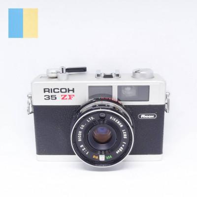 Ricoh 35 ZF foto