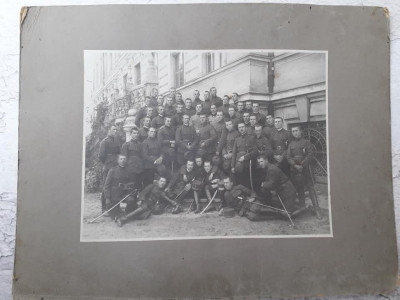 Fotografie elevi militari romani cu sabii perioada regalista foto