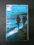 NANCY THAYER - PASI PE NISIP