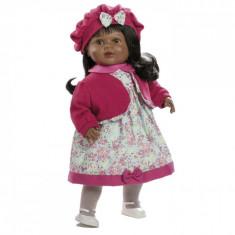 Papusa interactiva Naomi in rochita cu floricele si basca roz, 52 cm, Berbesa