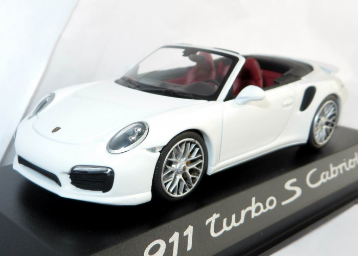 Minichamps Porsche 911 Turbo S cabriolet 2014 1:43
