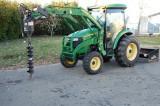 Tractor John-Deere 4320 + Incărcător frontal + Cupa + Burghiul