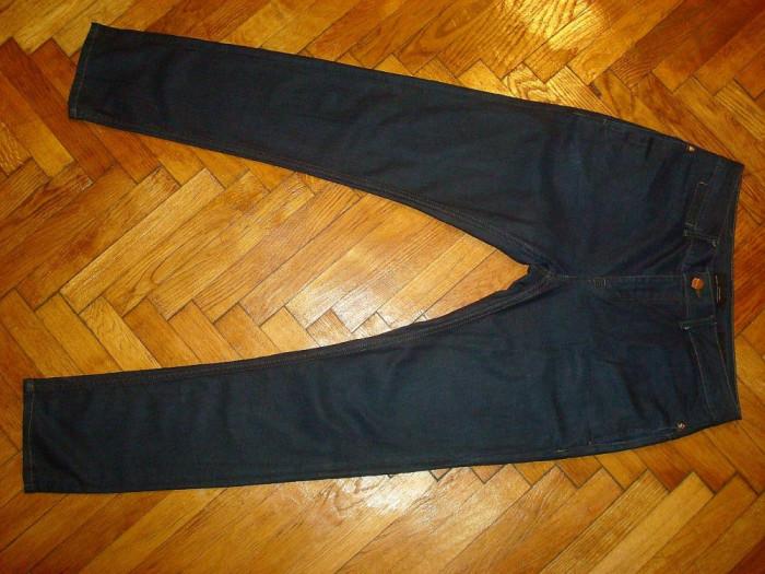 Blugi Zara Man-Marimea W32xL32 (talie-87cm,lungime-110cm)