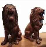 Set lei sculpturi din lemn masiv, piese cu o lucrătură integral manuala
