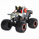 Masinuta metalica Monster Jam scara 1:24 - Blestemul Piratilor