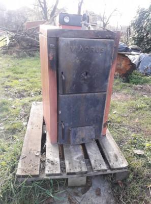 Centrala termica pe lemne si carbune Viadrus 25 kW foto