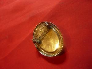 Camee Religioasa veche - Rugaciune- suport metal argintat ,h=3,3cm