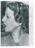 1144 - Elena LUPESCU, sotia Regelui CAROL II - real PHOTO (19/14 cm) unused 1941