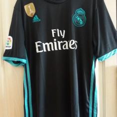 Tricou Real Madrid negru (embleme brodate)