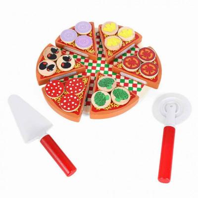Pizza din lemn, joc de feliat foto