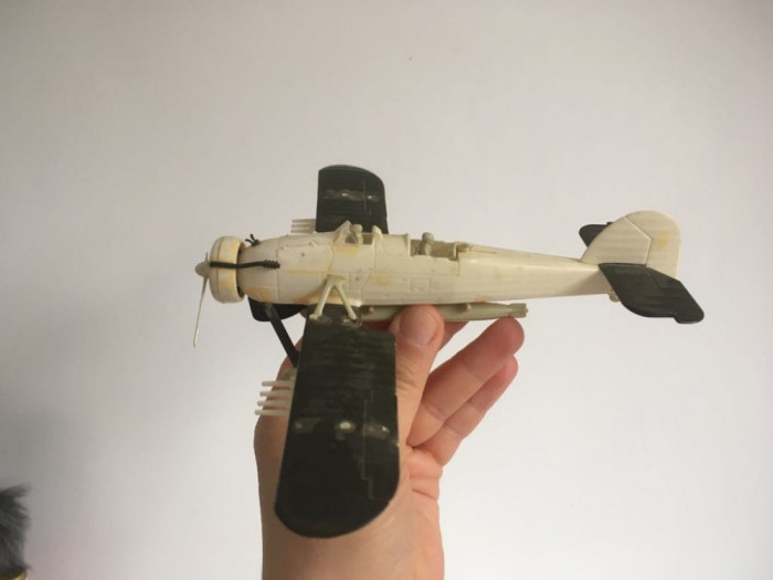 Macheta avion, jucarie veche perioada comunista, asamblata, 15x18 cm