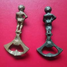 Set doua desfacatoare de capace din alama ornamentale Manneken Pis