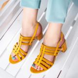 Sandale dama galbene cu toc Sosita