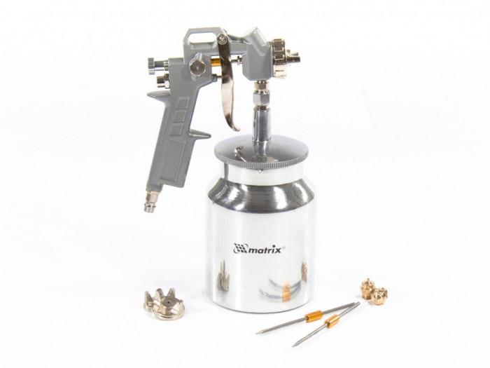 MTX Pistol pulverizator pneumatic cu rezervor inferior 1,0 L, duza D 1,2, 1,5 si 1,8 mm MTX 573169