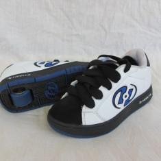 Adidasi / pantofi cu roti / role HEELYS  , marime 32 (19 cm), Alb