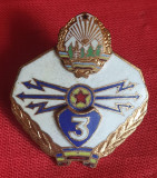 Insigna militara Specialist clasa a 3a TRANSMISIUNI era Ceausescu RSR 1970
