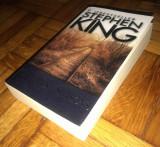 Stephen King - Different seasons editia paperback metalizata (noua)