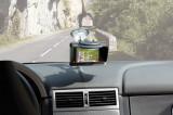 Suport auto sisteme GPS de la 3,5 inch pana la 5,2 inch, cu ventuza, cu Parasolar Kft Auto