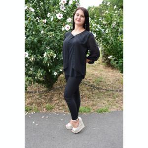 Bluza eleganta, din material elastic si voal, de culoare neagra