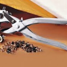 Cleste-Perforator curele