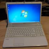 Laptop Sony Vaio PCG-61611M  AMD Athlon  15,6 inchi, 320 GB