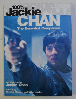 100% JACKIE CHAN - THE ESSENTIAL COMPANION by RICHARD COOPER , MIKE LEEDER , 2002 foto