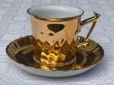 Ceasca cu farfurioara din portelan german aurit, Decorative