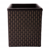 Cumpara ieftin Suport pentru pixuri Rasteli, invelit in piele ecologica si ratan, 10x10x12 cm, 4 compartimente, Negru