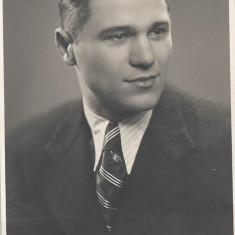 Fotografie portret studio Angelo Oradea poza veche
