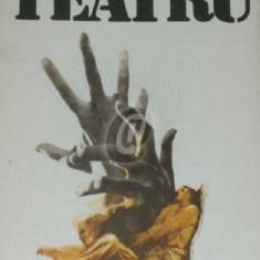 Teatru (Racaciuni)