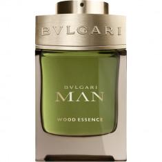 Cumpara ieftin Man Wood Essence Apa de parfum Barbati 60 ml