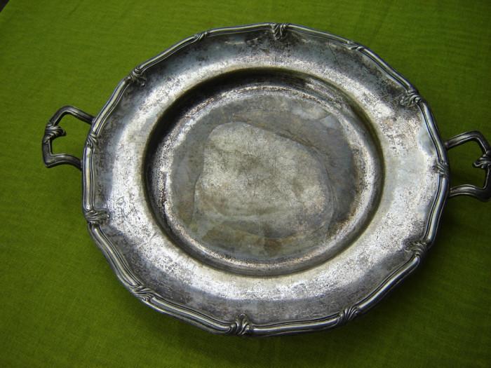 Tava veche argintata, provenienta suedeza