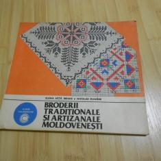 ELENA NITA IBRIAN--BRODERII TRADITIONALE SI ARTIZANALE MOLDOVENESTI - 1984