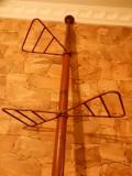 Suport metalic pentru ghivece cu flori; 12 pozitii; 2.50 metri inaltime