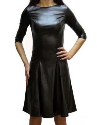 Rochie din piele ecologica de culoare neagra evazata foto