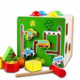 Cumpara ieftin Cub educativ Montessori din lemn 5 in 1 cu activitati, labirint, sortare, ciocanel cu bile, Oem