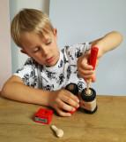 Cumpara ieftin Tractor cu piese de insurubat, Egmont toys