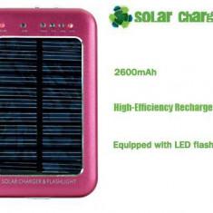 Incarcator solar universal cu lanterna 2600 mAh
