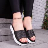 Papuci dama cu talpa groasa negri Capsia