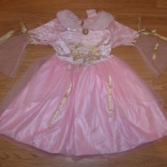 costum carnaval serbare rochie medievala pentru copii de 3-4 ani